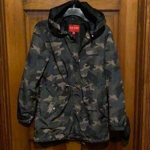 Guess windbreaker/ rain jacket